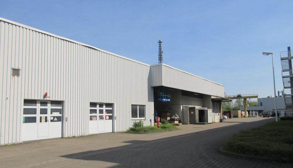 Lager- und Produktionshalle